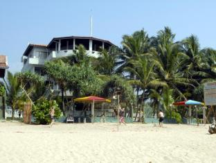 Oasey Beach Hotel Bentota - Sports and Activities