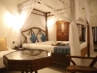 Oasey Beach Hotel Bentota - Luxury King