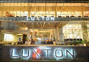 Luxton Hotel