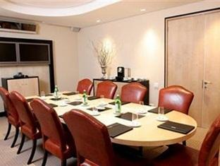 No5 Boutique Art Hotel Port Elizabeth - Meeting Room