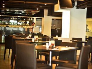 My hotel CMYK @ Ratchada Bangkok - Restaurant