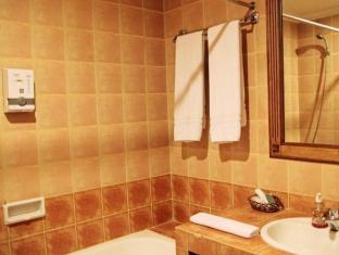 Hotel Budi Palembang - Bathroom | Bali Hotels and Resorts