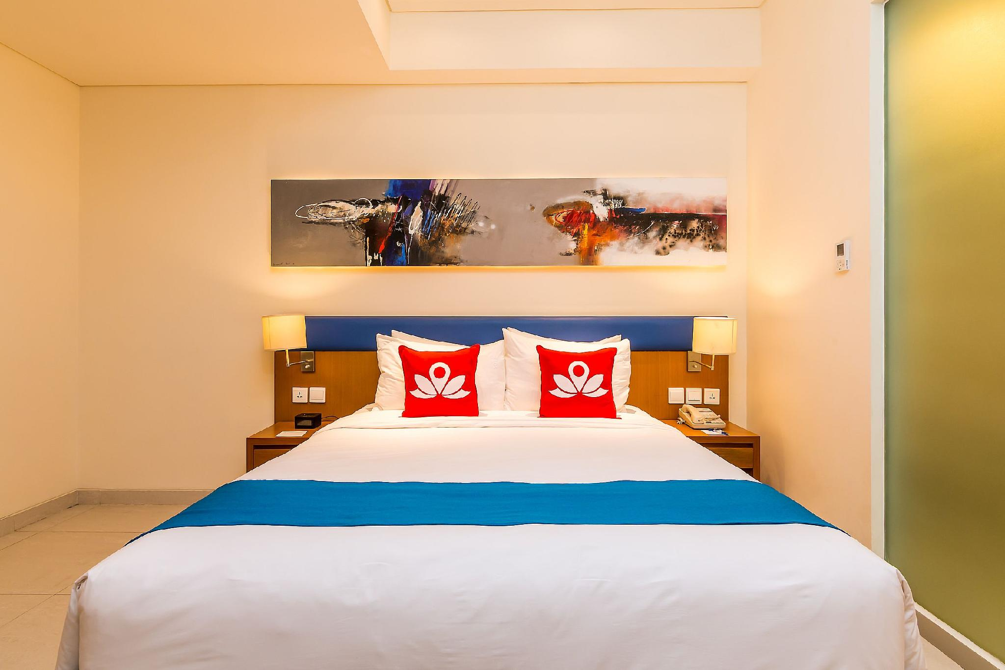 ZEN Rooms Kuta Square Mall