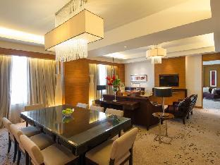 ラディソン BLU ホテル セブ5