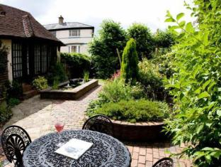 The Lancers Bed & Breakfast Royal Tunbridge Wells - Garden