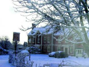 The Inn at Grinshill Shrewsbury - The Inn in the snow