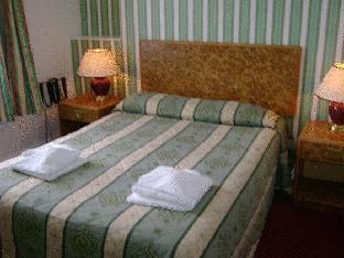 Four Saints Brig Y Don Hotel