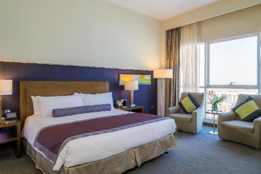 Best PayPal Hotel in ➦ Abu Dhabi: Yas Viceroy Hotel