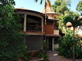 Mysteres & Mekong Phnom Penh - Hotel Exterior