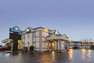 Days Inn by Wyndham Brockville