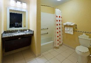 %name TownePlace Suites Panama City Panama City FL