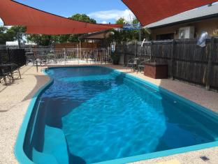 Bluewater Harbour Motel Whitsundays - Pool Area - Towels Provided at Reception