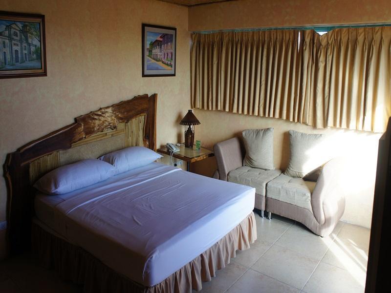 マニラ エアポート ホテル (Manila Airport Hotel)
