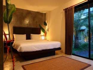 Taro Hotel Phuket - Kamar Tidur
