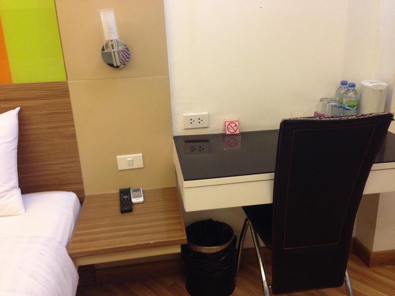 アソーク スイーツ ホテル9
