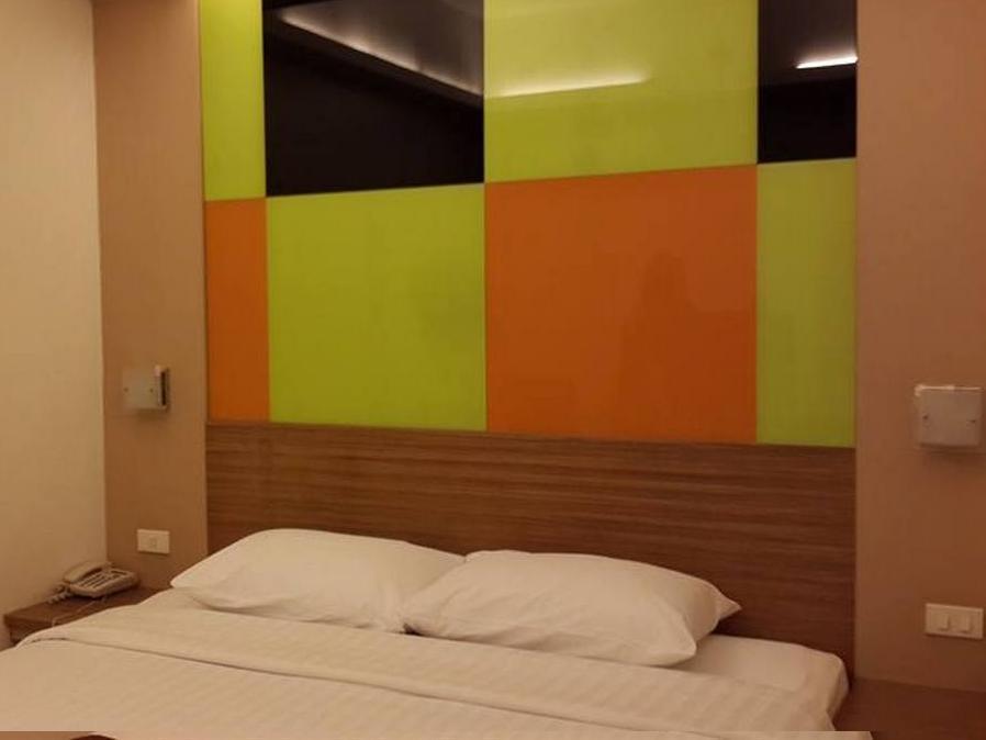 アソーク スイーツ ホテル11