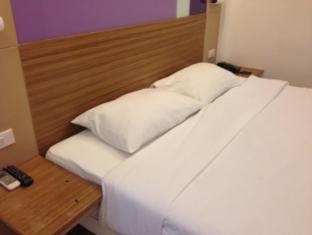 阿索克套房酒店 曼谷 - 客房