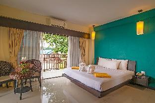 Lanta Pura Beach Resort guestroom junior suite