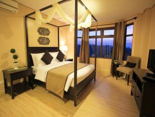 Crosswinds Resort Suites Tagaytay - Guest Room