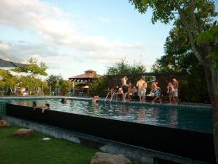 TaNiTa Lagoon Resort Udon Thani - Sports and Activities