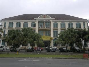 Regal Court Hotel