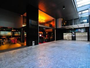 Galleria 10 Sukhumvit by Compass Hospitality Bangkok - Entrance