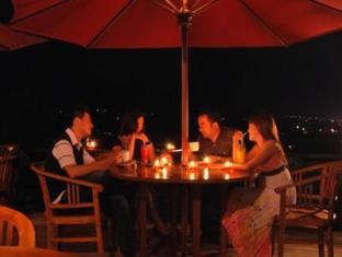 Bukit Alamanda Resort & Resto Garut - Restoran