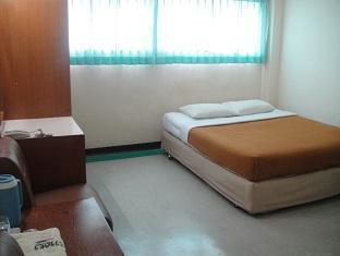 パクチョン プバデ ホテル Pakchong Phubade Hotel