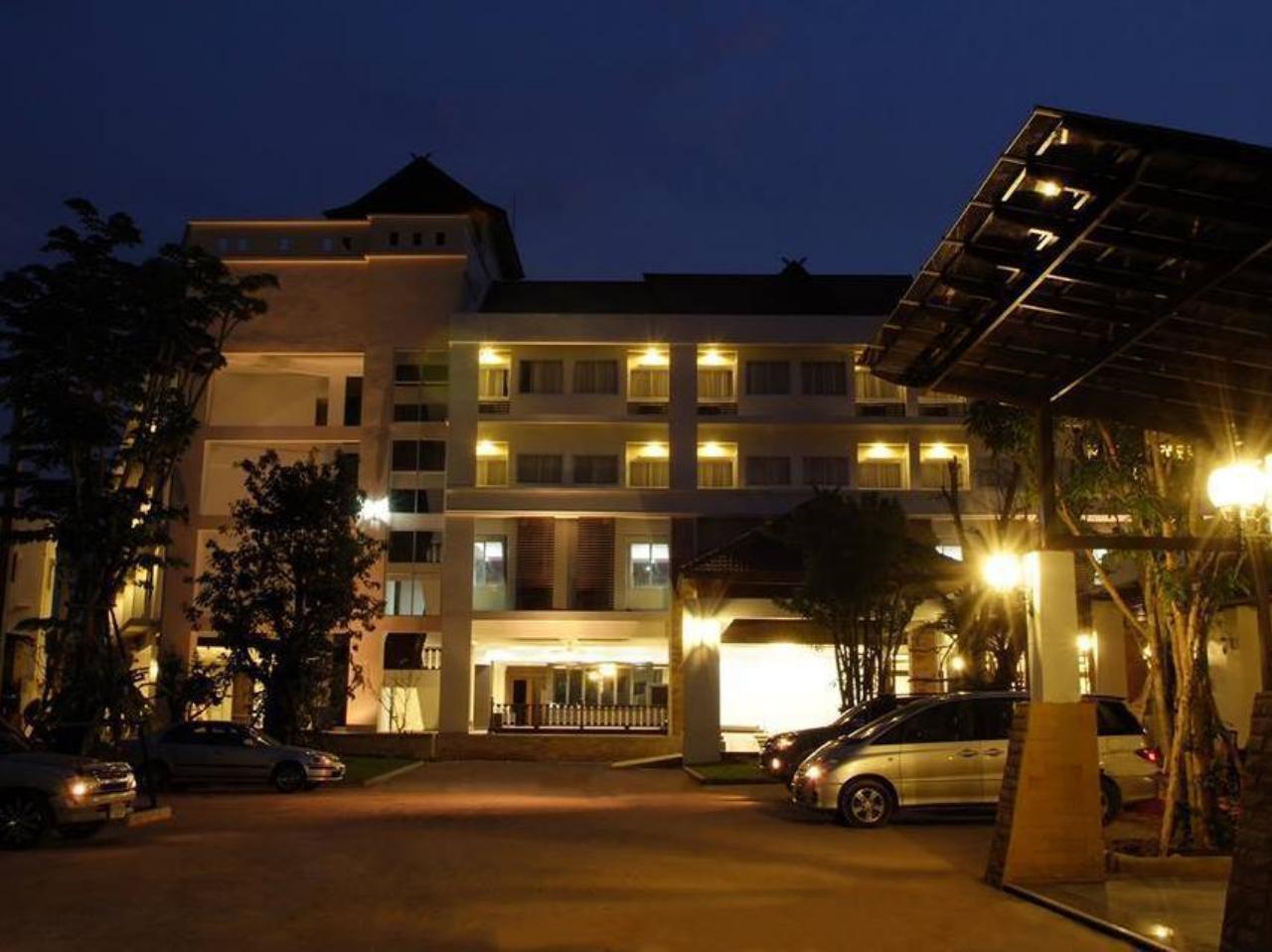 โรงแรมนานาบุรี (Nana Buri Hotel)