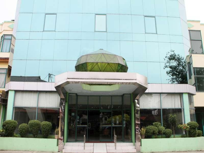 Huswah Transit Hotel picture