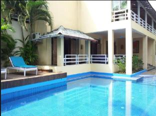 Casa Colvale - A Boutique Resort Severna Goa  - bazen