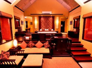 J Resorts Alidhoo Maldives Islands - Beach Villa - Bedroom