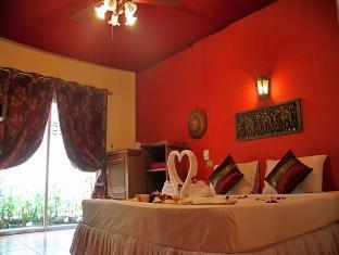 Manohra Cozy Village Phuket - Standard Bungalow - Renovated