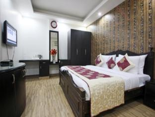 Hotel Universe Inn New Delhi and NCR - Guest Room