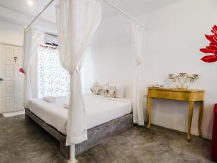 Chic Boutique Hotel Phuket - Guest Room