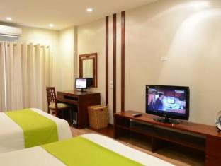 Golden Land Hotel Hanoi - Deluxe Twin City View