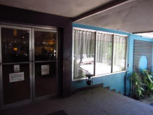 Hotel Cesario Cebu - vhod