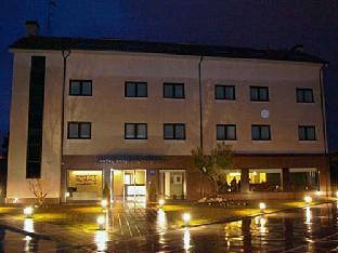 Booking Now ! Hotel Pago del Olivo