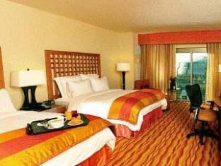 booking.com Renaissance Phoenix Glendale Hotel and Spa