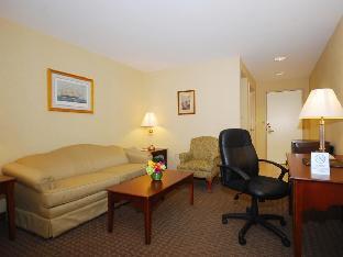 view of Best Western Adams Inn Quincy-Boston