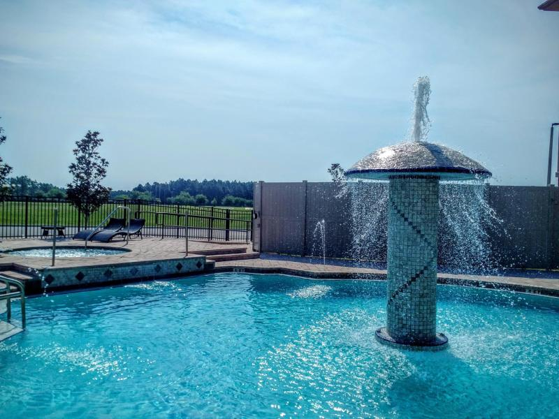 Marble Waters Hotel And Suites - Jacksonville