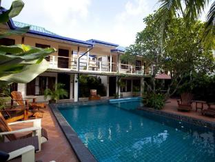 Pier 42 Boutique Resort Phuket - Swimming pool