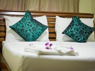 Star Guesthouse Phuket - Suite Room