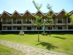 Camp Holiday Resort & Recreation Area Davao - Hotel z zewnątrz