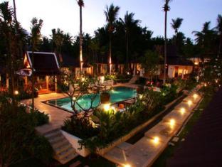 Cocoville Phuket Resort Phūketa