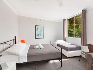 Manly Beachside Apartments Sydney - Guest Room