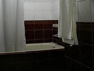 Oroderm Beauty Hotel Davao City - Baño