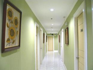 The Royale House Travel Inn & Suites Davao City - בית המלון מבפנים