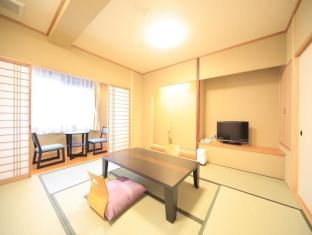 祇園舞風館 (Gion Maifukan Hotel)