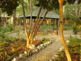 Maruni Sanctuary Lodge Chitwan National Park - Exterior do Hotel
